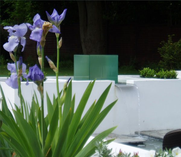 Landscape Design Surrey: Cherry Mills Garden Design