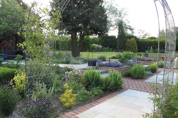 Large Country Garden West Horsley Surrey