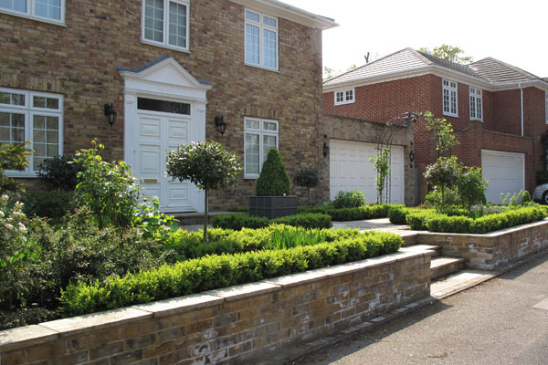 Superbe Front Garden Design Weybridge Surrey